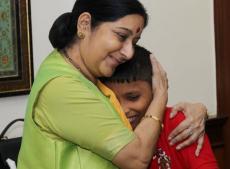 सुषमा स्वराज, Indian workers, Saudi Arabia, Kuwait, Sushma Swaraj, भारतीय मज़दूरों
