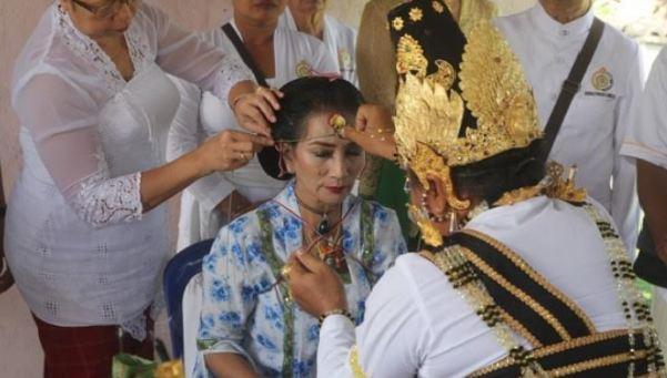 Kanjeng Raden Ayu Mahindrani Kooswidyanthi Paramasi, Princess of Java, Indonesia, Pura Luhur Catur Kanda Pat Sari , Hindu, Hinduism, Bali , Sedulur Papat, Kejawen, Parwati Agung, Namta Gupta