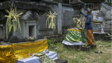 Indonesia, Hindu, Pura, Java, Hinduism, Hindu Temples,Pura Mandara Giri Semeru Agung, Senduro Lumajang East Java