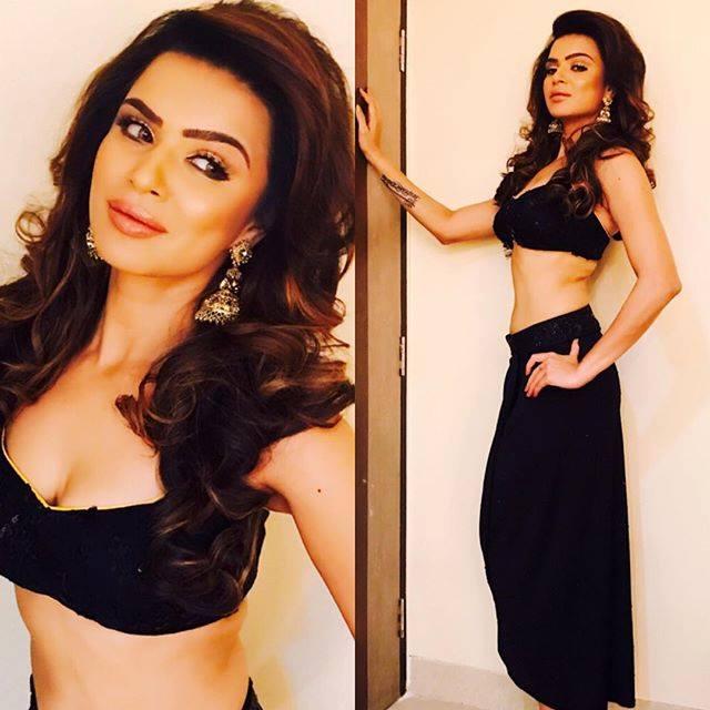 Aashka Goradia, Brent Goble , TV, serials, bikini, hot pics, latest photos