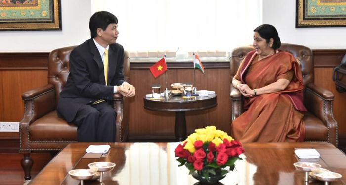 Vietnam India relations, Vietnam, Sushma Swaraj,Dang Dinh Quy