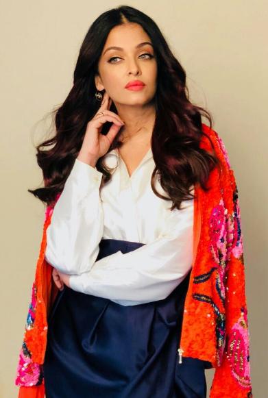 Kangana Ranaut, Cannes 2018, saree, dress,Cannes 2018, Kangana Ranaut, Deepika Padukone, Sonam Kapoor Ahuja, Huma Qureshi,Aishwarya Rai Bachchan