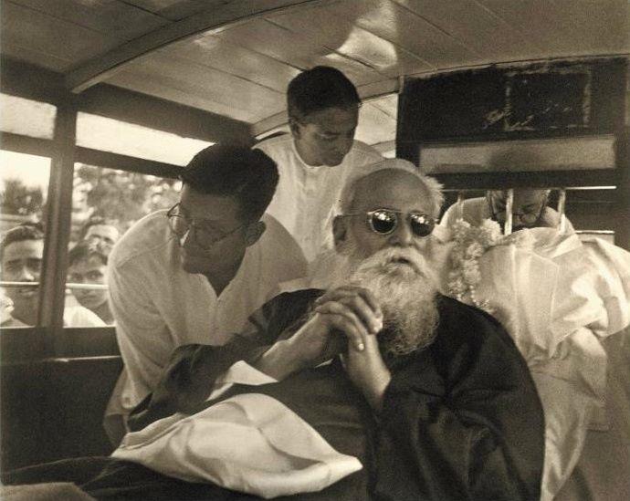 Rabindranath Tagore, Jawahar Lal Nehru, Mahatma Gandhi, Kasturba Gandhi,Sir Maurice Gwyer, Sarvepalli Radhakrishnan ,Sinha Sadan , poet