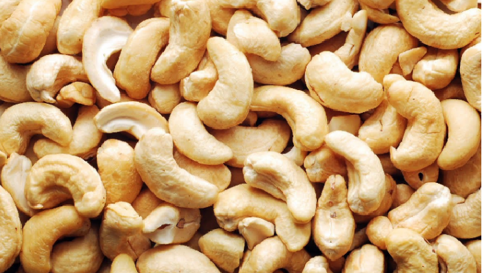 raw Cashew, production, India, Export, Import, Rashtriya Krishi Vikash Yojana, Directorate General of Commercial Intelligence & Statistics, DGCI&S, Directorate of Cashewnut & Cocoa Development, DCCD