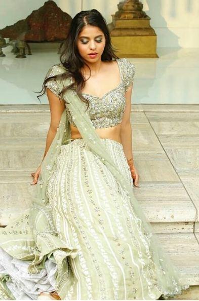 Suhana Khan, bikini, latest photos, Bollywood, India, Shah Rukh Khan, movies, Gauri Khan