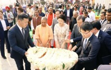 Ayodhya, First Lady of Korea, Heo Hwang-ok, India, Kim Jung-sook, Korean King Suro, Moon Jae-in, Narendra Modi, Prime Minister, Queen Suriratna Memorial, Uttar Pradesh, Yogi Adityanath