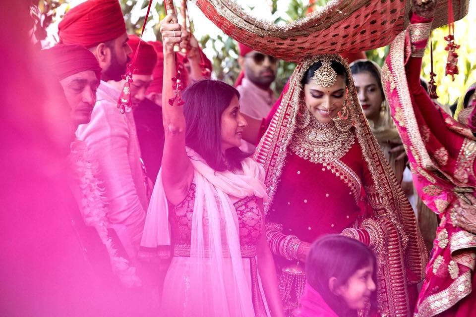 Ranveer Singh, Deepika Padukone, movies, Bollywood, wedding, Italy, Anand Karaj, Sikh groups, Hindus, Hinduism, mehendi pics, latest pics, news, HD Images, photos, Padmaavat, Goliyon Ki Rasleela Ram‑Leela, Bajirao Mastani, saree, makeup, style,