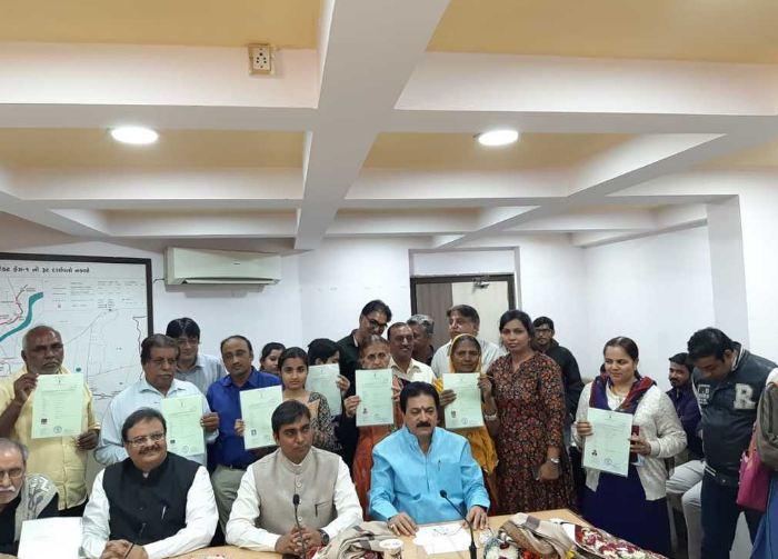 Sindh Minority Migrant Association, SMMA, Hindu, Pakistani Hindus, Citizenship, India, Gujarat, Narendra Modi, forced conversion, discrimination, Rajesh Maheshwari,Vijaybhai Rupani,Pradipsinh Jadeja,Dr.  Vikrant Pandey
