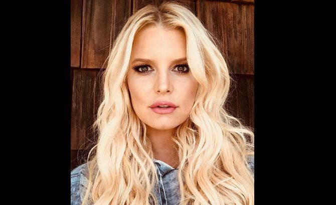 Jessica Simpson, Hollywood, Desiigner, C Section, pregnancy, women, health, healing time